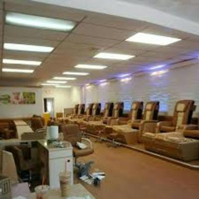 Grace Nails & Spa in Arlington, MA Manicurists & Pedicurists