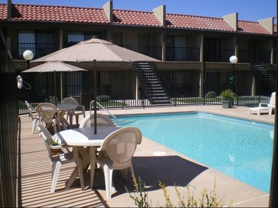Las Brisas in South San Pedro - Albuquerque, NM 87108 Apartments & Buildings