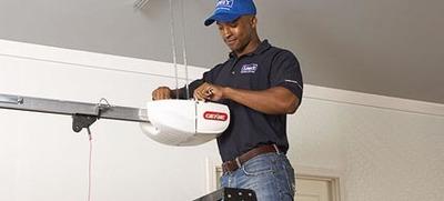 Payless Garage Door Repair in Dayton, OH 45409 Garage Doors Repairing