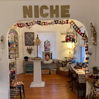 NICHE handcrafted boutique in Pittsburgh, PA 15238 Gift Shops